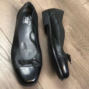SAS Tripad Black Patent Cap Toe Bow Ballet Flats